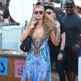 Paris Hilton con un vestido hippie en el segundo fin de semana del Coachella 2015