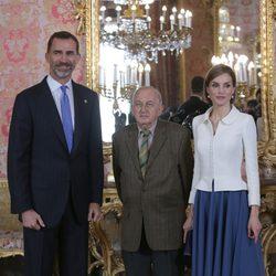 Los Reyes Felipe y Letizia con Juan Goytisolo en el almuerzo previo al Premio Cervantes 2014