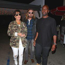 Kris Jenner con su novio Corey Gamble y Tish y Billy Ray Cyrus