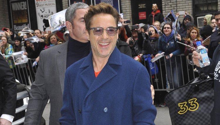 Robert Downey Jr. llegando al show de David Letterman en Nueva York