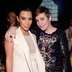 Kim Kardashian y Lena Dunham en la gala del Poder de la mujer de Variety