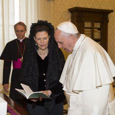 El Papa Francisco recibe en audiencia a la Reina Silvia de Suecia