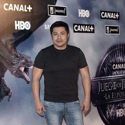 Óscar Reyes en la apertura de la exposición de 'Juego de Tronos'