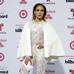 Jennifer Lopez en la alfombra roja de los Billboard Latin Music Awards 2015