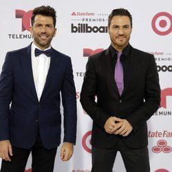 Fede y Tiago en los Billboard Latin Music Awards 2015