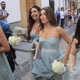 Eva Longoria pasea descalza por las calles de Córdoba