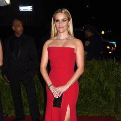 Reese Witherspoon en la alfombra roja de la Gala del Met 2015