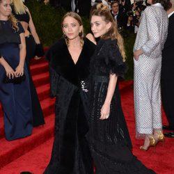 Las gemelas Olsen en la gala MET 2015