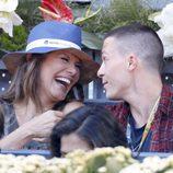 Ivonne Reyes y Colton Haynes ríen divertidos en el Open de Madrid 2015