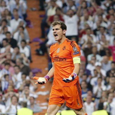 Iker Casillas en el partido de semifinal de la Champions en el Santiago Bernabéu