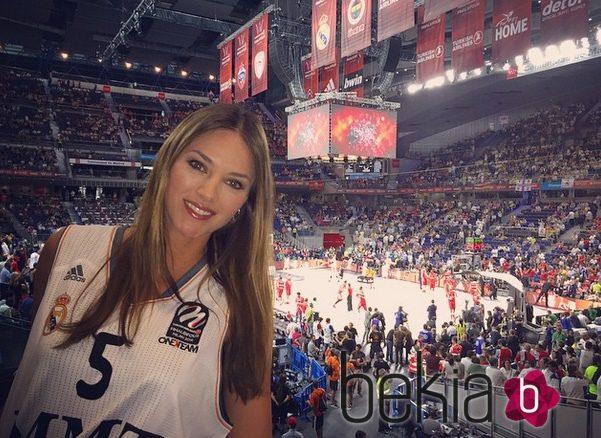 Helen Lindes en el Palacio de los Deportes para animar al Real Madrid en la final de la Euroliga 2015