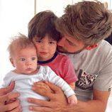 Primera imagen de Gerard Piqué con sus hijos Milan y Sasha