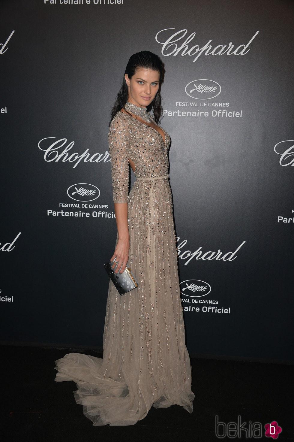 Isabeli Fontana en la fiesta Chopard ofrecida por el Festival de Cannes 2015