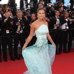 Nina Agdal en el estreno de 'Inside Out' en Cannes 2015