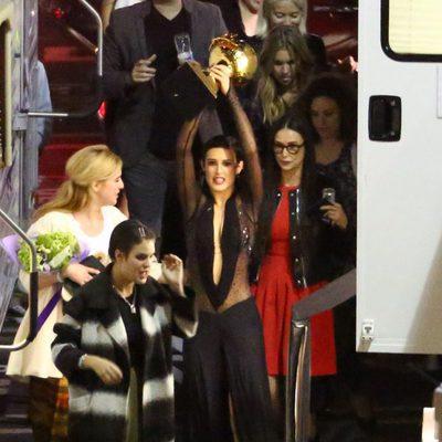 Rumer Willis rodeada por su madre y sus hermanas tras ganar 'Dancing With The Stars'