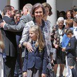 La Princesa Leonor con la Reina Sofía en su Primera Comunión