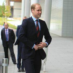 El Príncipe Guillermo retoma su agenda oficial en Inglaterra tras ser padre de la Princesa Carlota