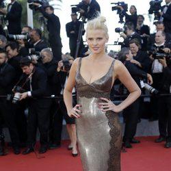 Lara Stone en la premiere de 'Youth' en el Festival de Cannes 2015