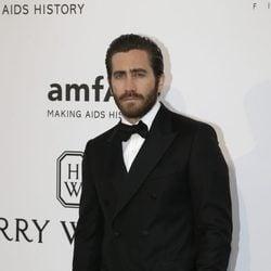 Jake Gyllenhaal en la gala amfAR del Festival de Cannes 2015