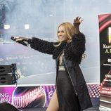 Edurne interpreta 'Amanecer' en la Big Five Party celebrada en el Eurovision Village