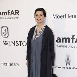 Isabella Rossellini en la gala amfAR del Festival de Cannes 2015