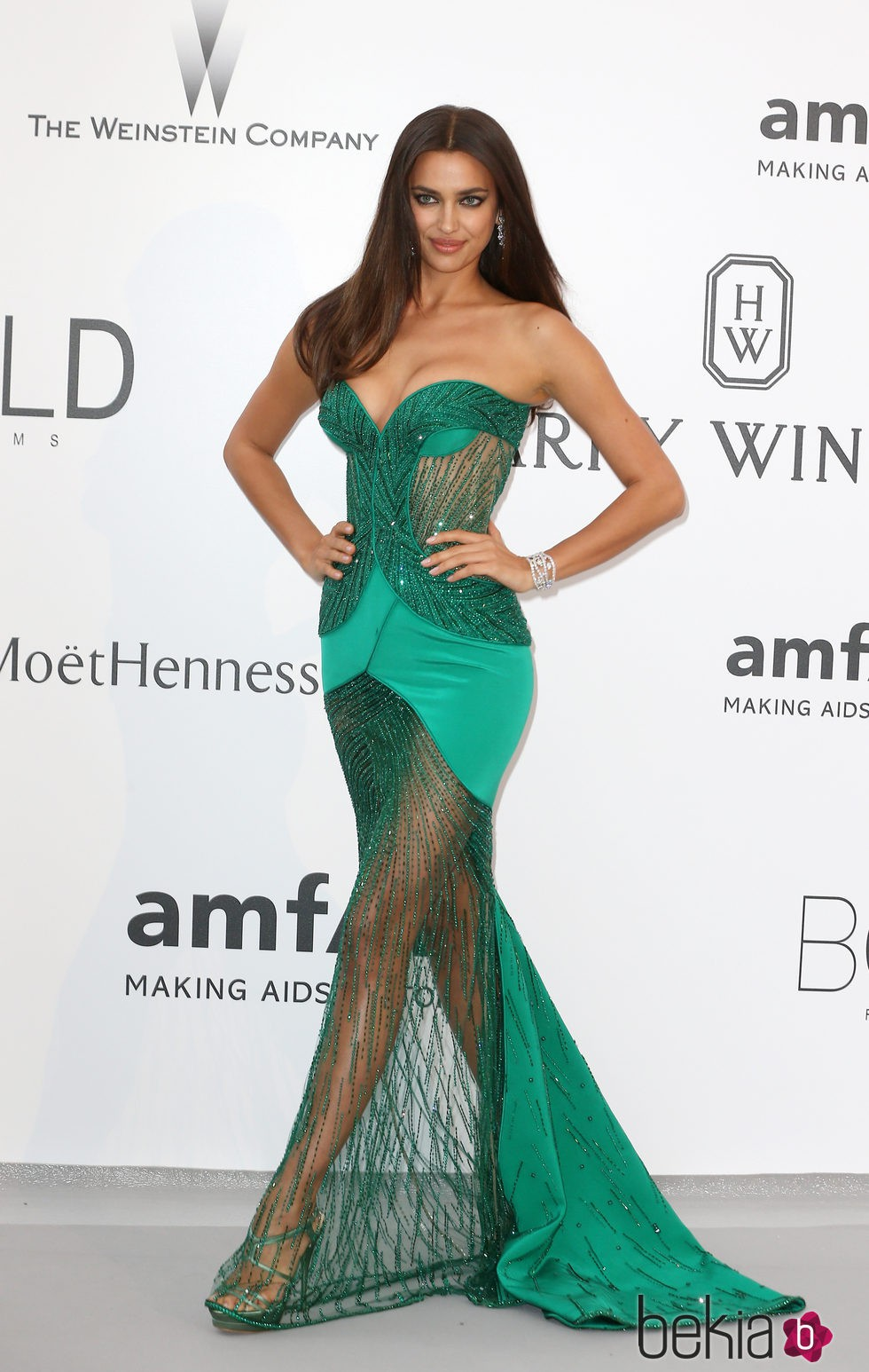 Irina Shayk en la gala amfAR del Festival de Cannes 2015