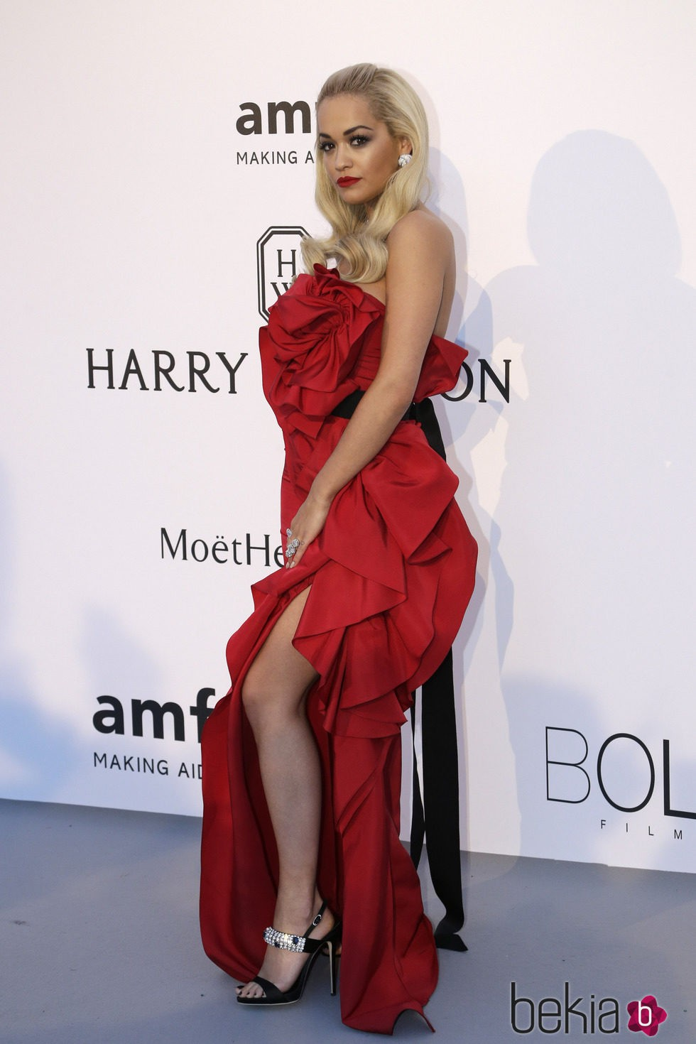 Rita Ora en la gala amfAR del Festival de Cannes 2015