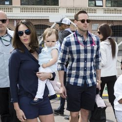 Tamara Ecclestone con su hija Sophia y su marido Jay Rutland en el GP de Mónaco 2015