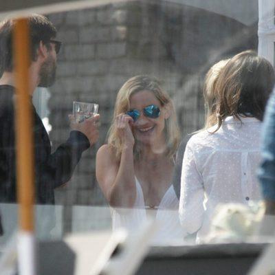 Kate Hudson en la fiesta del Memorial Day 2015 de Joel Silver