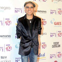 Fito Cabrales en la entrega de los Premios Nos 1 de Cadena 100