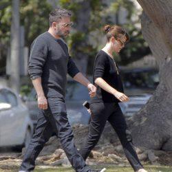 Ben Affleck y Jennifer Garner pasean pensativos tras los rumores sobre su separación