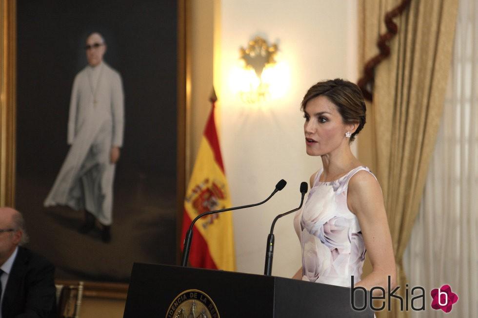 La Reina Letizia ofreciendo su discurso de despedida en El Salvador