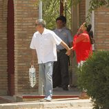 Isabel Pantoja dice adiós con un beso a la cárcel de Alcalá de Guadaíra