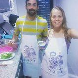 Yoli y Jonathan de 'GH 15' preparan la cena en la cocina de su nueva casa