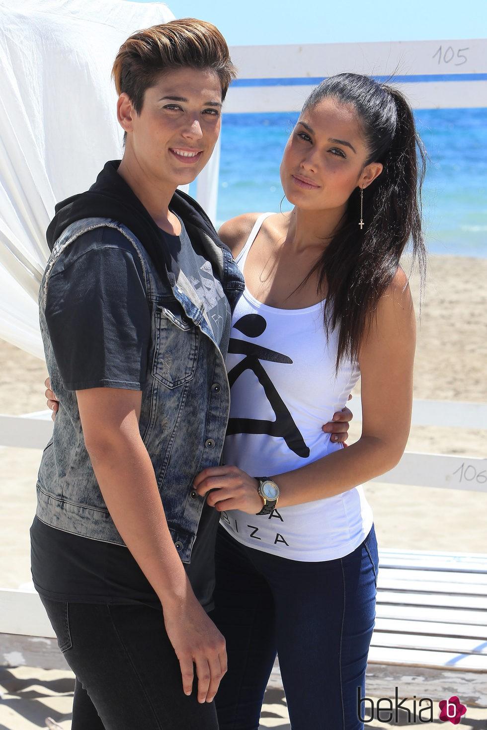 Patricia Yurena y Vanesa Klein en la Pasarela Adlib 2015 - Modelos en ...