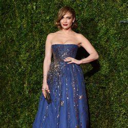 Jennifer Lopez en la entrega de los Tony Awards 2015