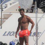 Cristiano Ronaldo con el torso desnudo