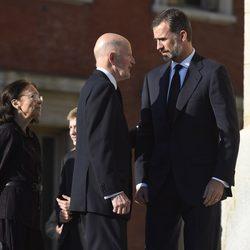 El Rey Felipe con los Reyes de Bulgaria en el funeral de Kardam de Bulgaria