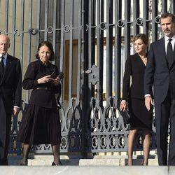 Los Reyes de España y los Reyes de Bulgaria en el funeral de Kardam de Bulgaria
