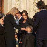 La Infanta Cristina, muy cariñosa con el hijo de Kalina de Bulgaria en el funeral de Kardam de Bulgaria