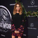 Camilla Belle en el estreno de 'Jurassic World' en Los Angeles
