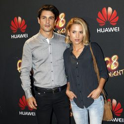 Alejo Sauras y Ana Fernández en la fiesta de presentacíón de un móvil