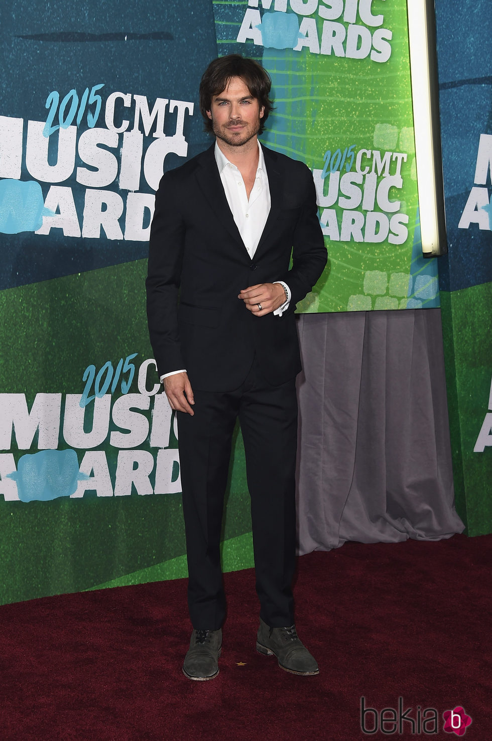 Ian Somerhalder en los CMT Music Awards 2015