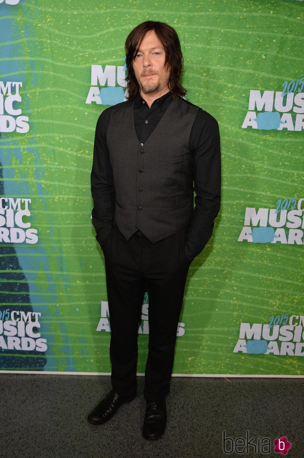 Norman Reedus en los CMT Music Awards 2015
