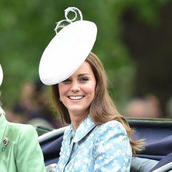 Kate Middleton reaparece tras ser madre por segunda vez
