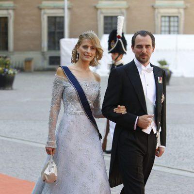 Nicolás y Tatiana de Grecia en la boda de Carlos Felipe de Suecia y Sofia Hellqvist