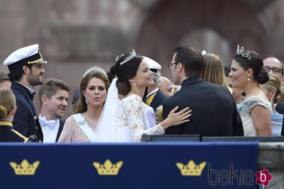 Daniel de Suecia felicita a Sofia Hellqvist por su boda con Carlos Felipe de Suecia