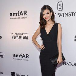 Victoria Justice en la Gala amfAR Inspiration de Nueva York 2015
