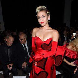Miley Cyrus en la gala amfAR Inspiration de Nueva York 2015