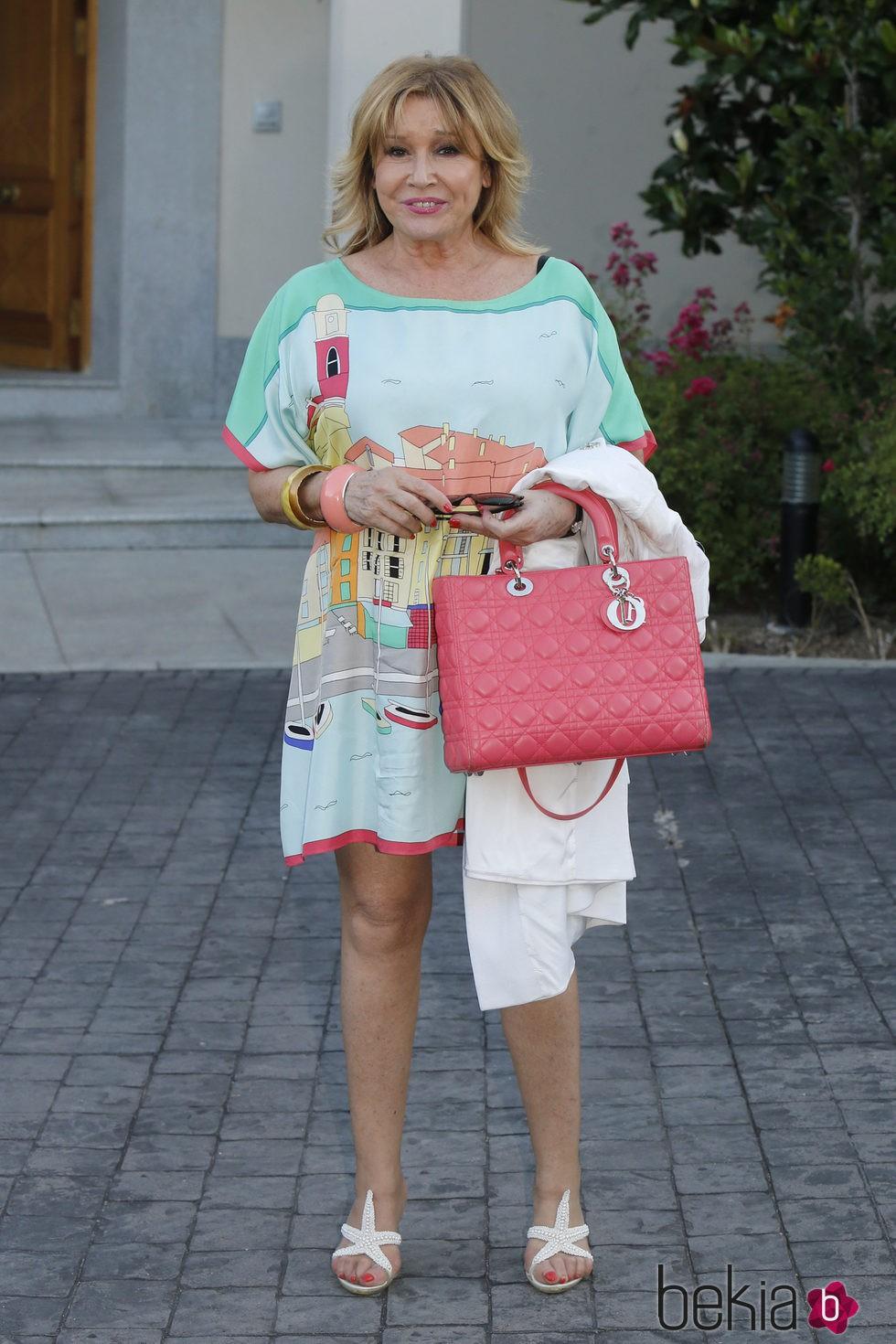 Mila Ximénez en la fiesta del 74 cumpleaños de María Teresa Campos